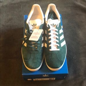 New with tags green Adidas Gazelles size 10